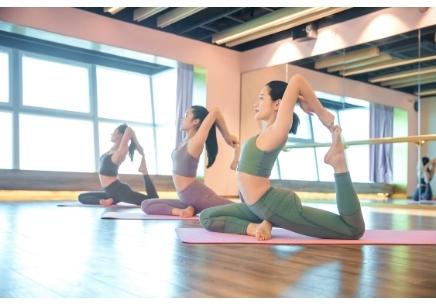 广州孕产瑜伽培训课